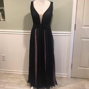 Stunning Alberto Makali Silk Beaded Formal Gown